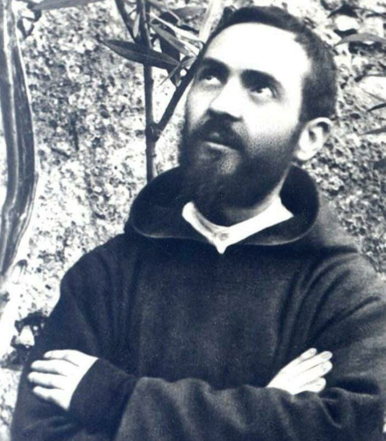 Padre Pio - The Stigmatist